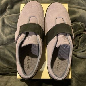 Lavender and Grey Suede Easy Spirit Sneakers 9W